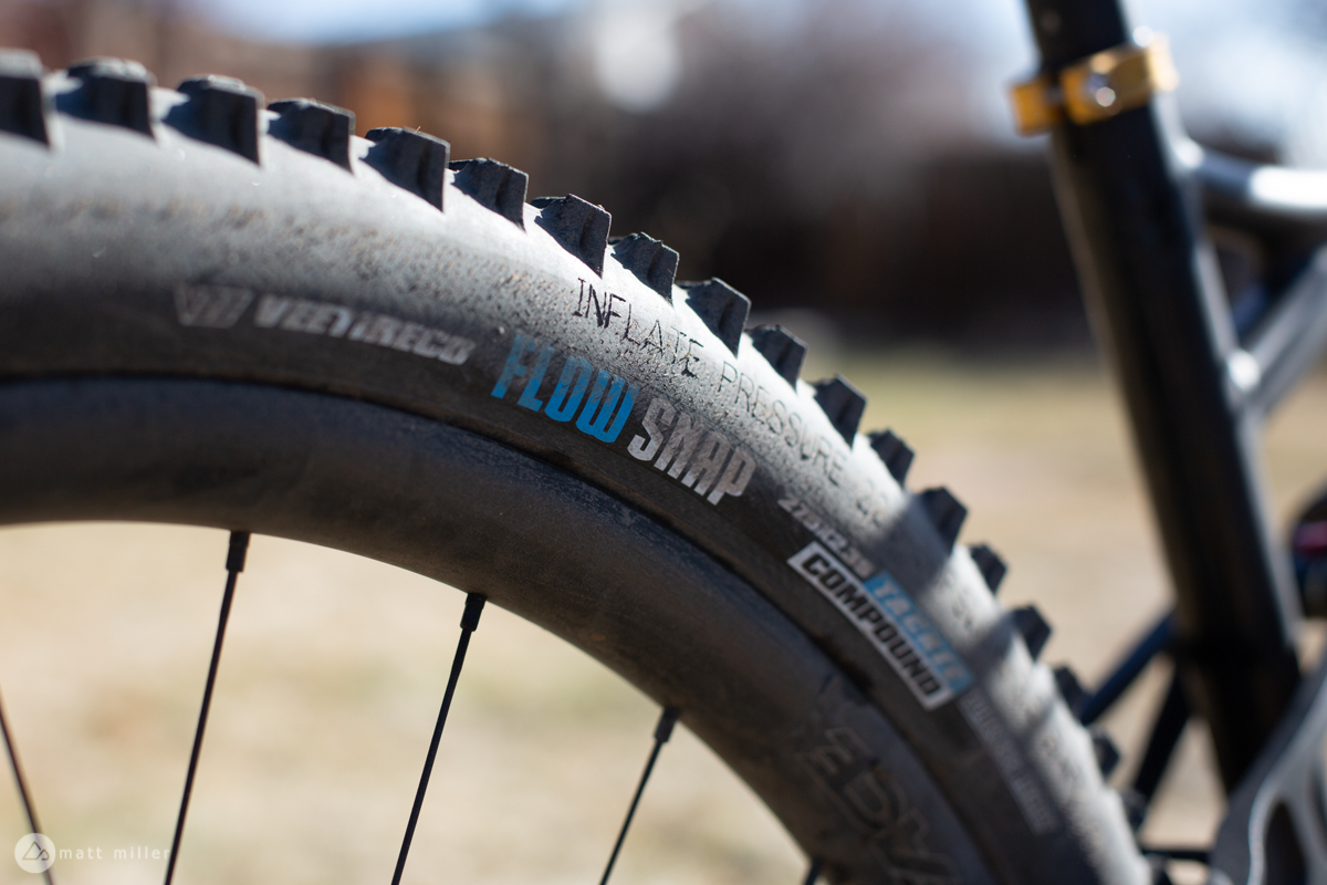 Tire For Less >> Review Vee Tires Flow Snap Enduro Tire Costs Less Holds Up To