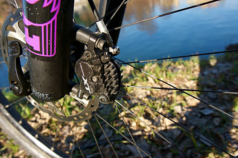 Review: Shimano XT M8020 Four-Piston Mountain Bike Brakes Add Stopping Power to Popular M8000s