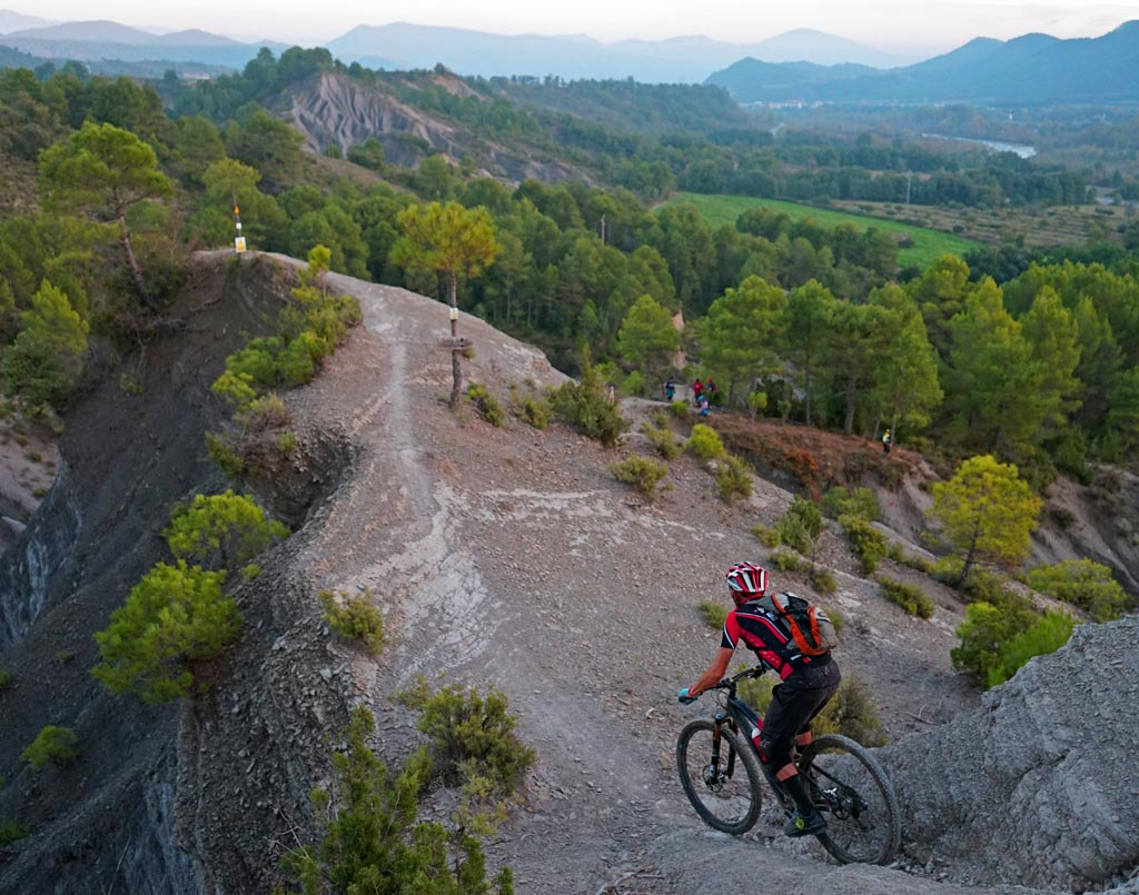 Mountains of Singletrack in Spain Part 2: Cotiella, Ainsa, and Zona Zero