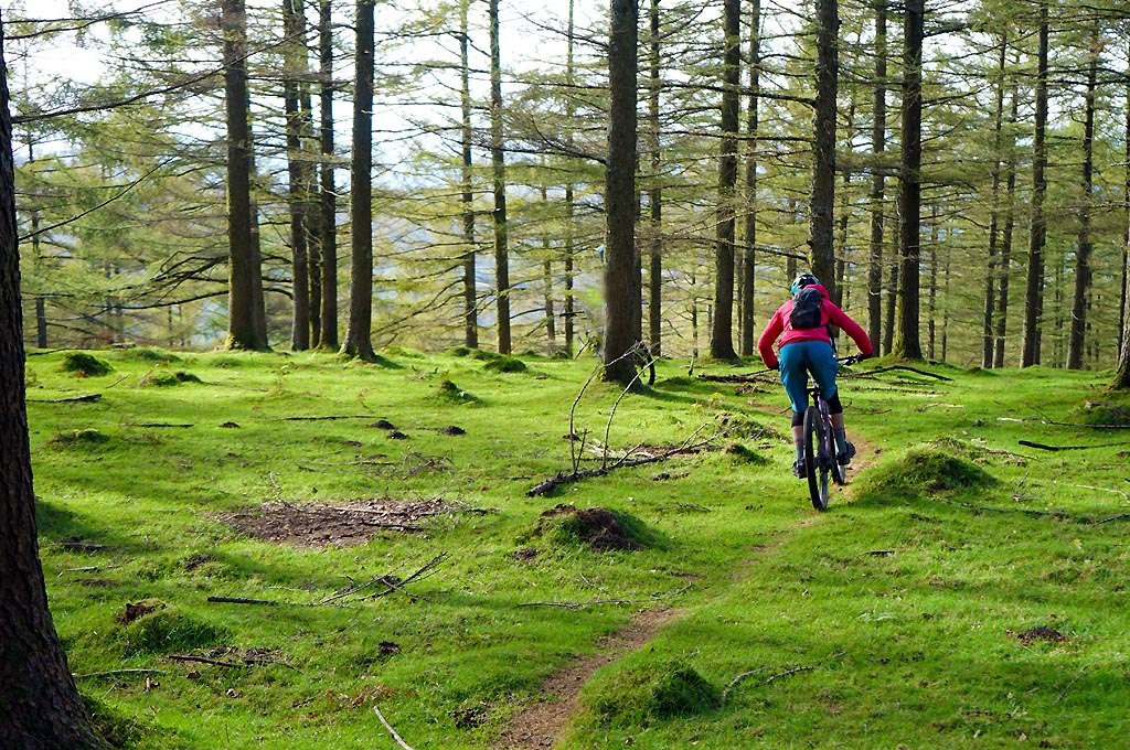 e9ff03fe503 With all the great places in the World to ride, it's tough to choose where  to go for a mountain bike vacation. The North Atlantic Basque Coast  adjoining ...