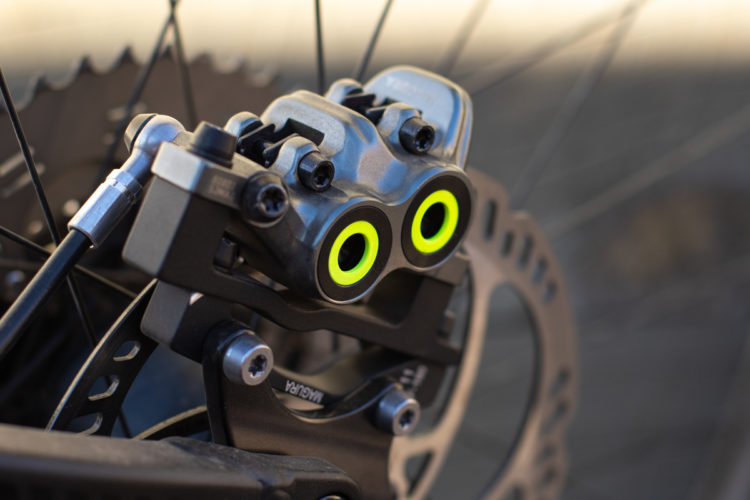 Review: Shimano XT M8020 Four-Piston Mountain Bike Brakes