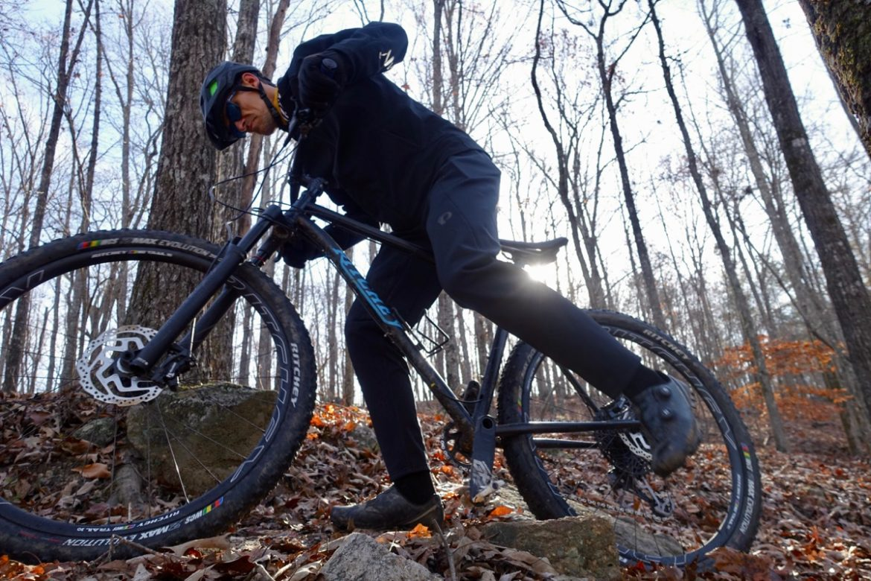 Pearl Izumi Summit AmFib Thermal Mountain Bike Pants Review ... b3ffd4102