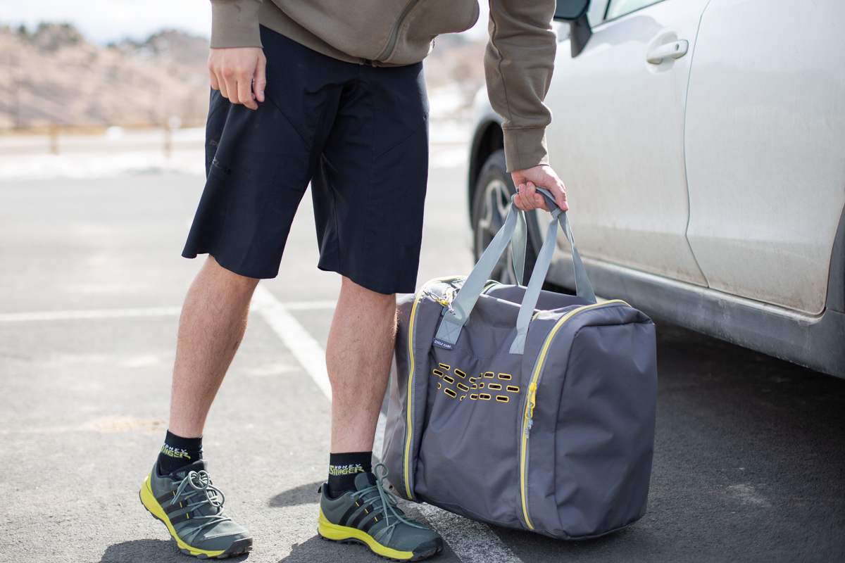 Review: The Mountainsmith Cycle Cube is a Bike-Specific Duffle Bag