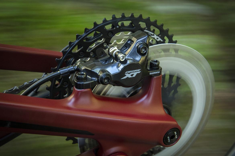 New Shimano XT Brakes Get Freeza Rotor Tech, Updated Lever Design [First Look] - Singletracks Mountain Bike News