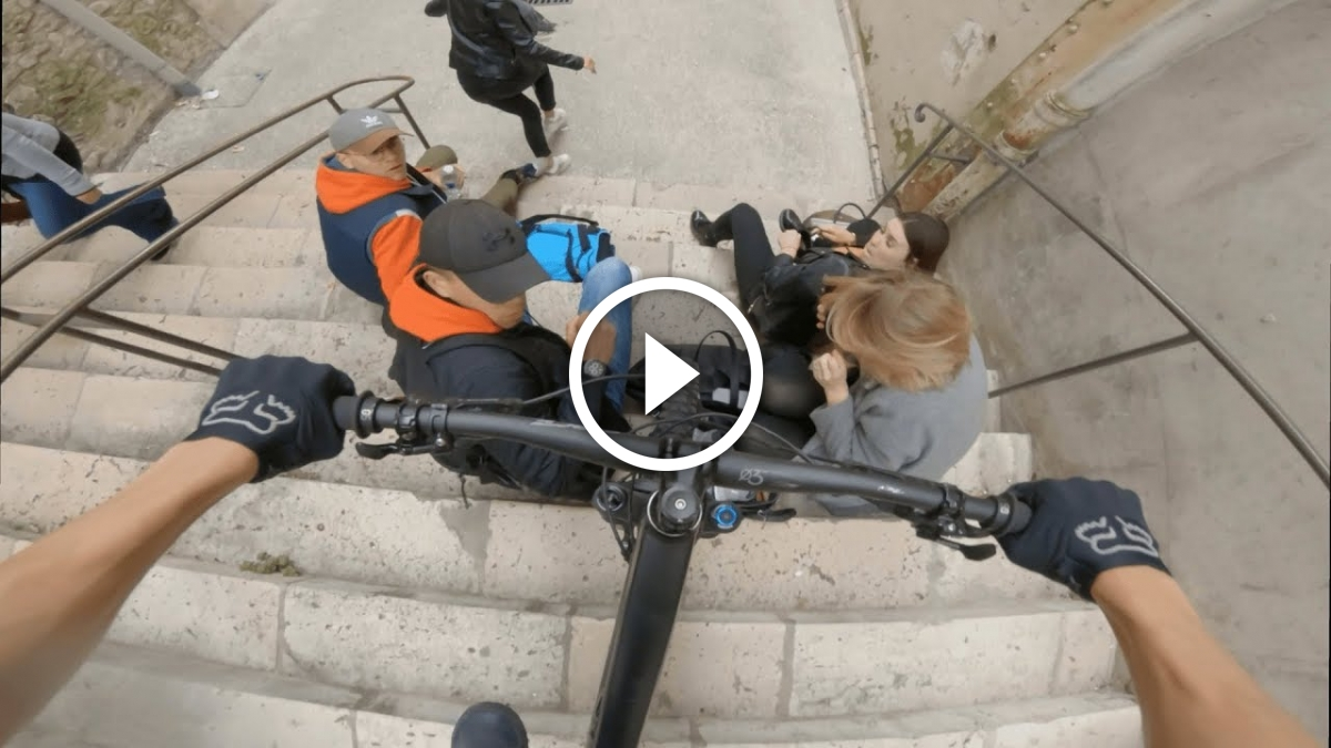 Yikes! Urban Mountain Biker Nearly Runs Over Group of People Sitting on Stairs - Singletracks Mountain Bike News