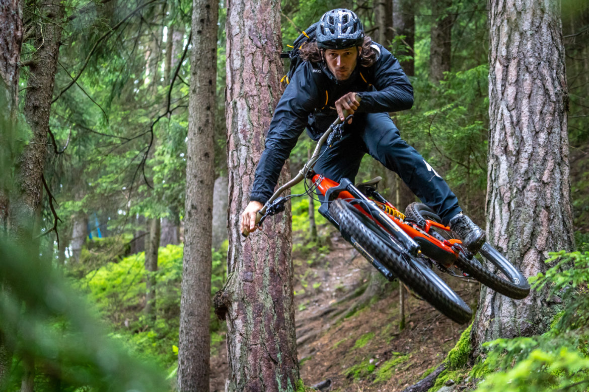 Specialized and Soil Searching Aim to Recognize Trail Builders, Raise Cash for Singletrack, and Promote Fun Dig Days - Singletracks Mountain Bike News