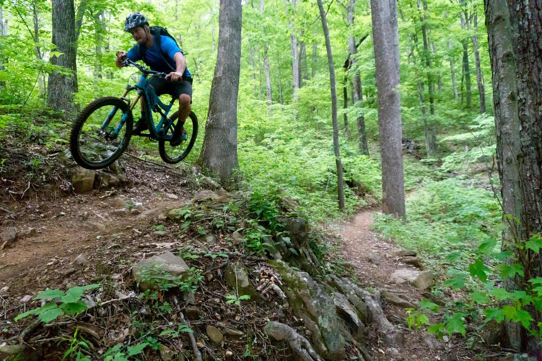 The Pivot Mach 6 Carbon Mocks Rocks and Roots [Bike Review] - Singletracks Mountain Bike News