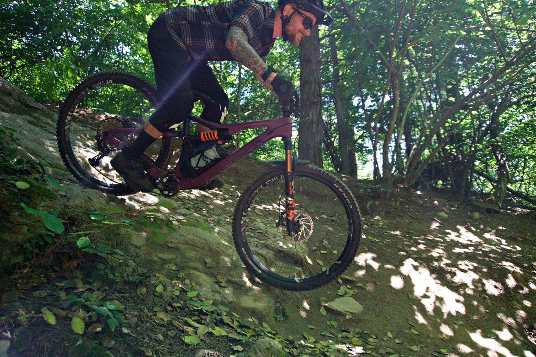 Review: Orbea's 2019 Rallon Is a Decidedly Race Ready Bike - Singletracks Mountain Bike News