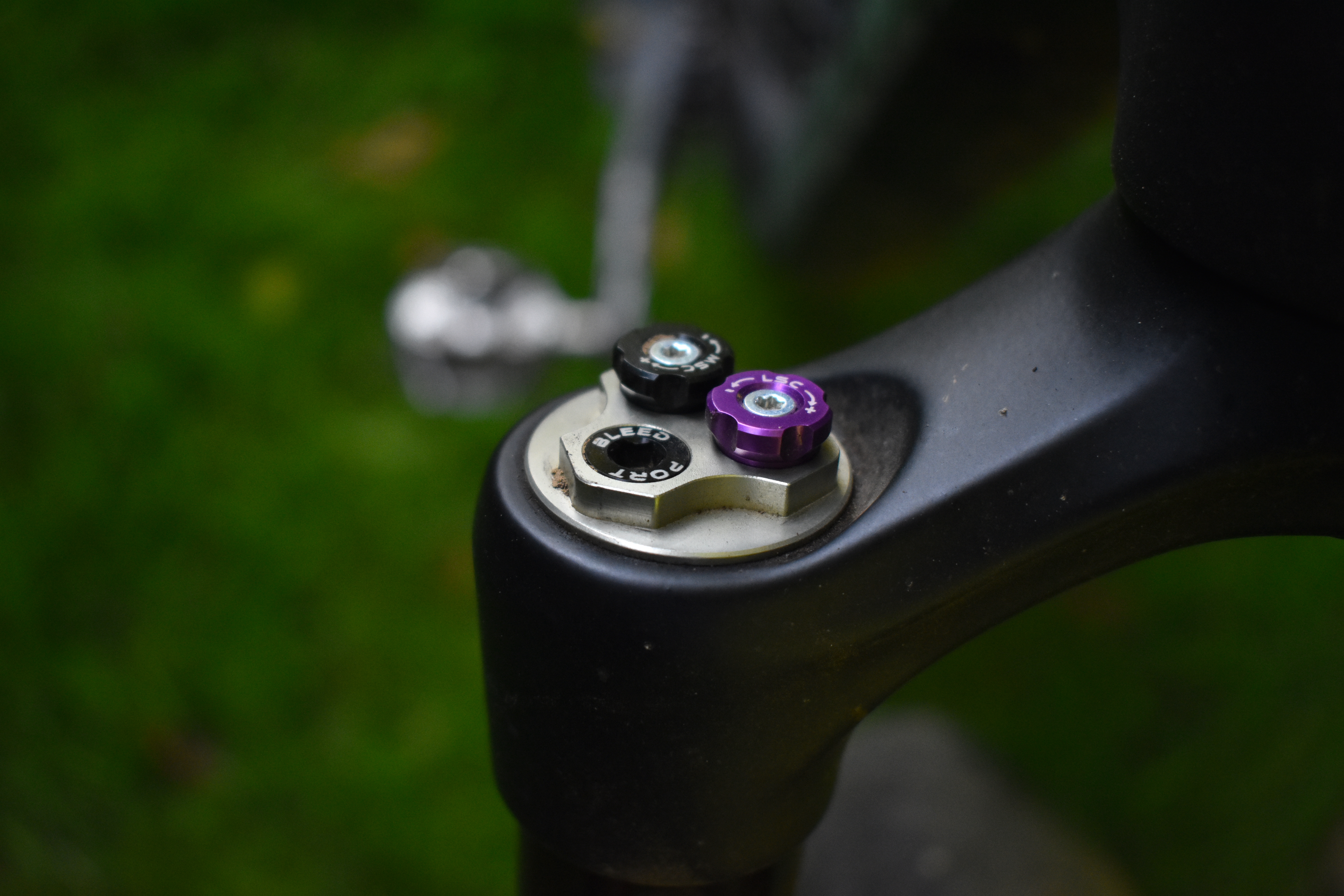 The Yari Up from Fast Suspension Offers a Fork Damper Upgrade - Singletracks Mountain Bike News