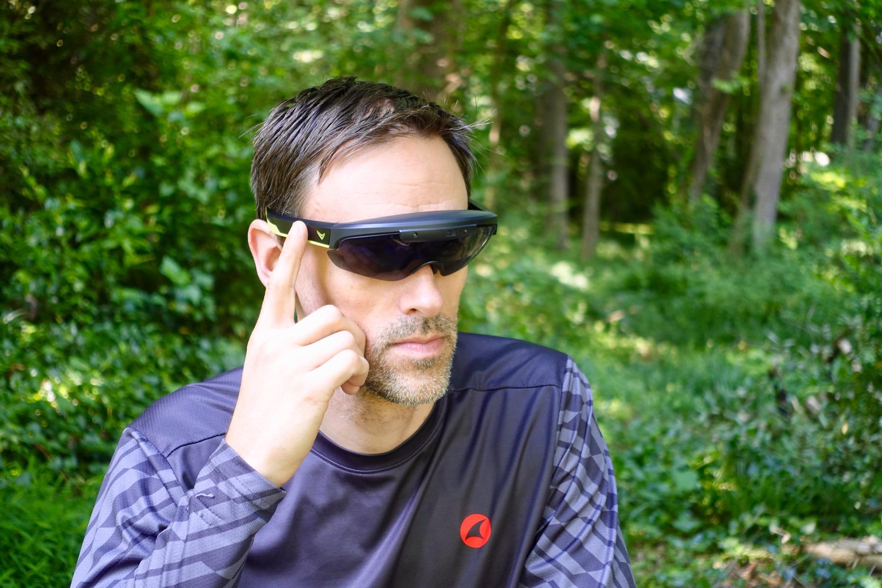 Tested: Everysight Raptor is a Heads-up Display for Mountain Biking with GPS, Brow Cam - Singletracks Mountain Bike News