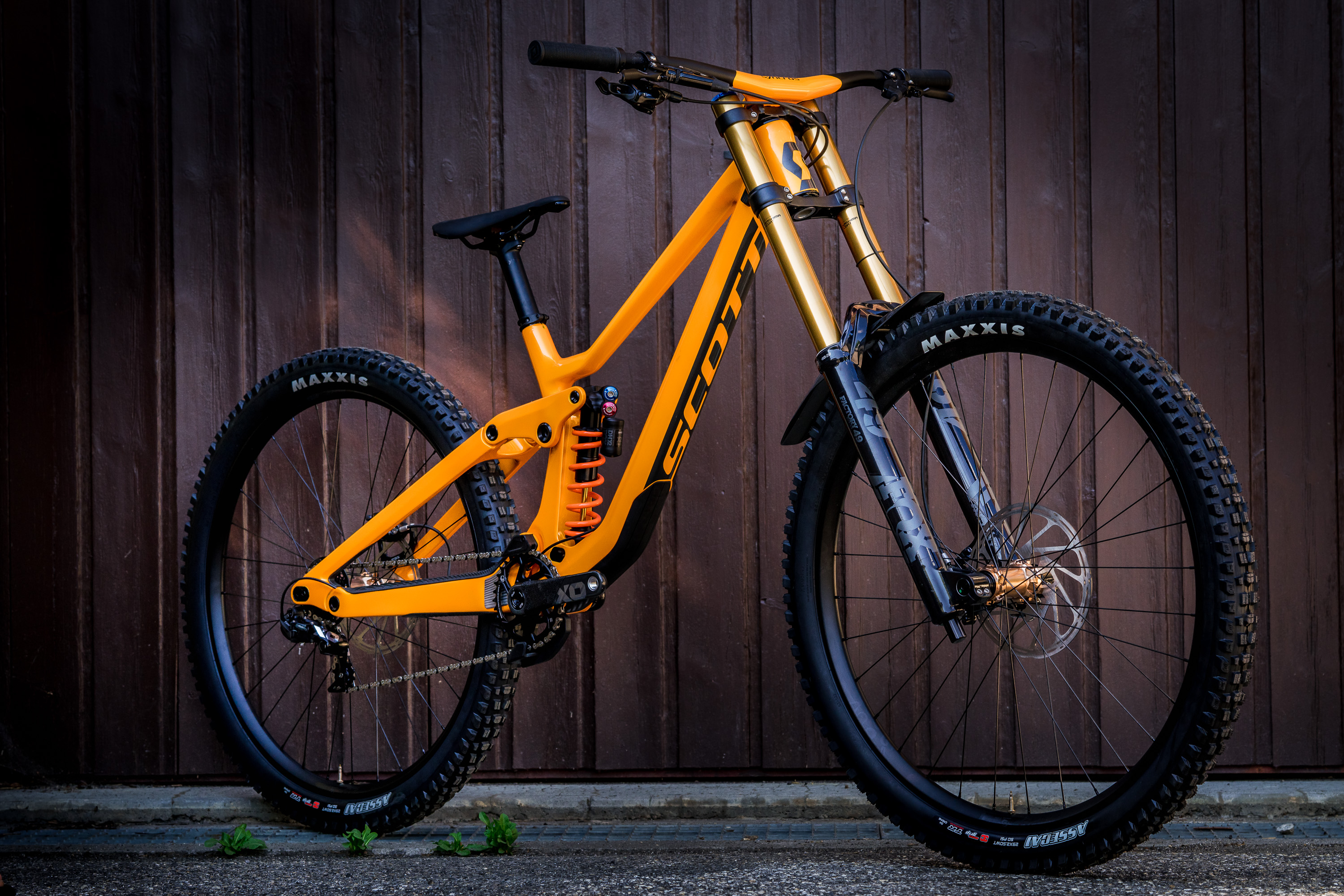 The Scott Gambler DH Mountain Bike Has Been Redesigned With Adjustability and Integration in Mind - Singletracks Mountain Bike News