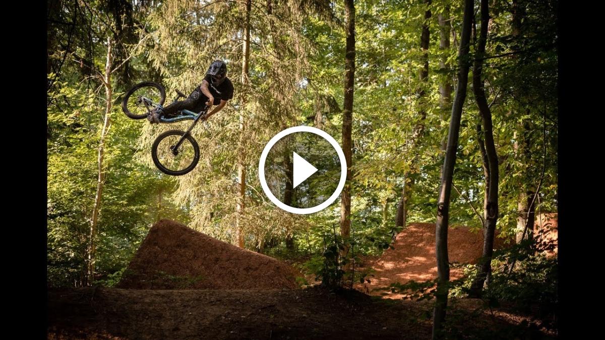 Watch: Wake Up - Jonny Kielhorn - Singletracks Mountain Bike News