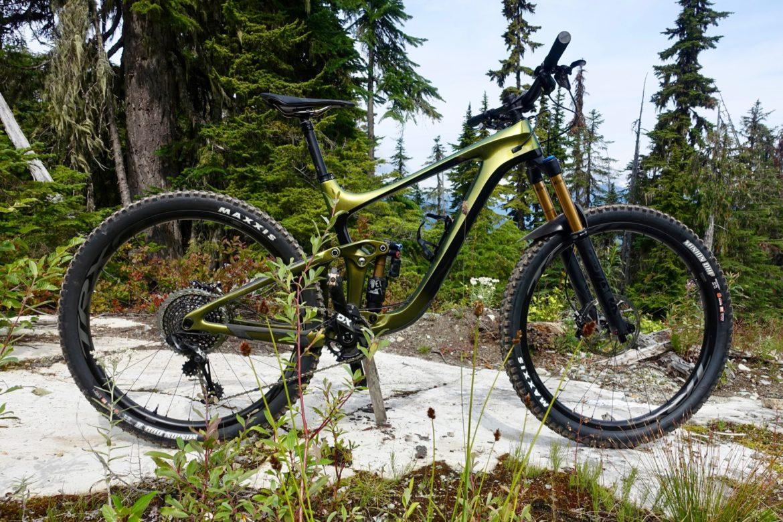 Bike Reviews Archives - Singletracks Mountain Bike News