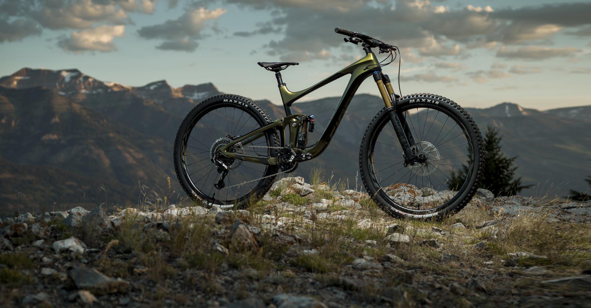 Giant's New Reign Models Come Ready for Enduro or Super-Enduro - Singletracks Mountain Bike News