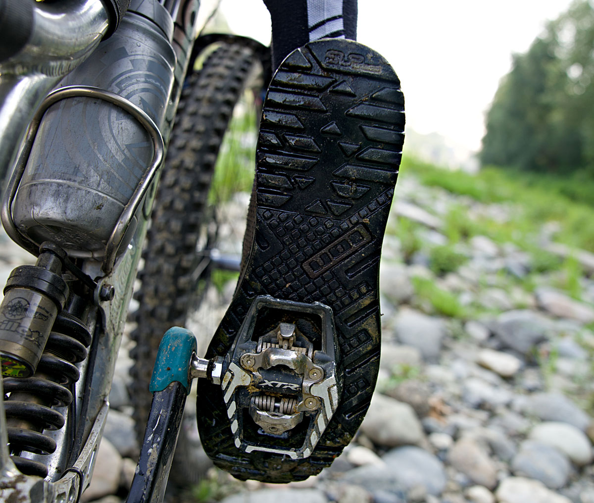 """Ion Upgrades The Rascal Clipless Trail Shoes With Burlier """"Select"""" Model [Review] - Singletracks Mountain Bike News"""
