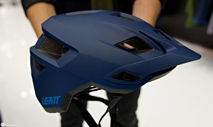 leatt lid side