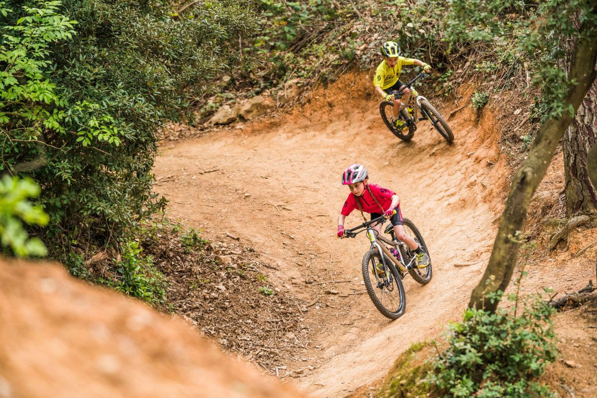 MTB News Mix: Scott Sports Expands Juniors Gear, WTB Simplifies Saddle Measurement, and More - Singletracks Mountain Bike News