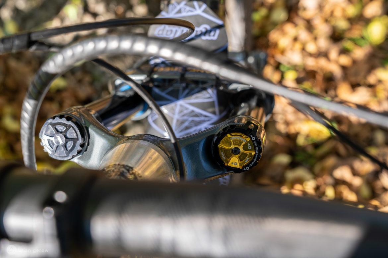The Sleek Cane Creek Helm Air Fork is a Legit Workhorse on the Trail [Review] - Singletracks Mountain Bike News