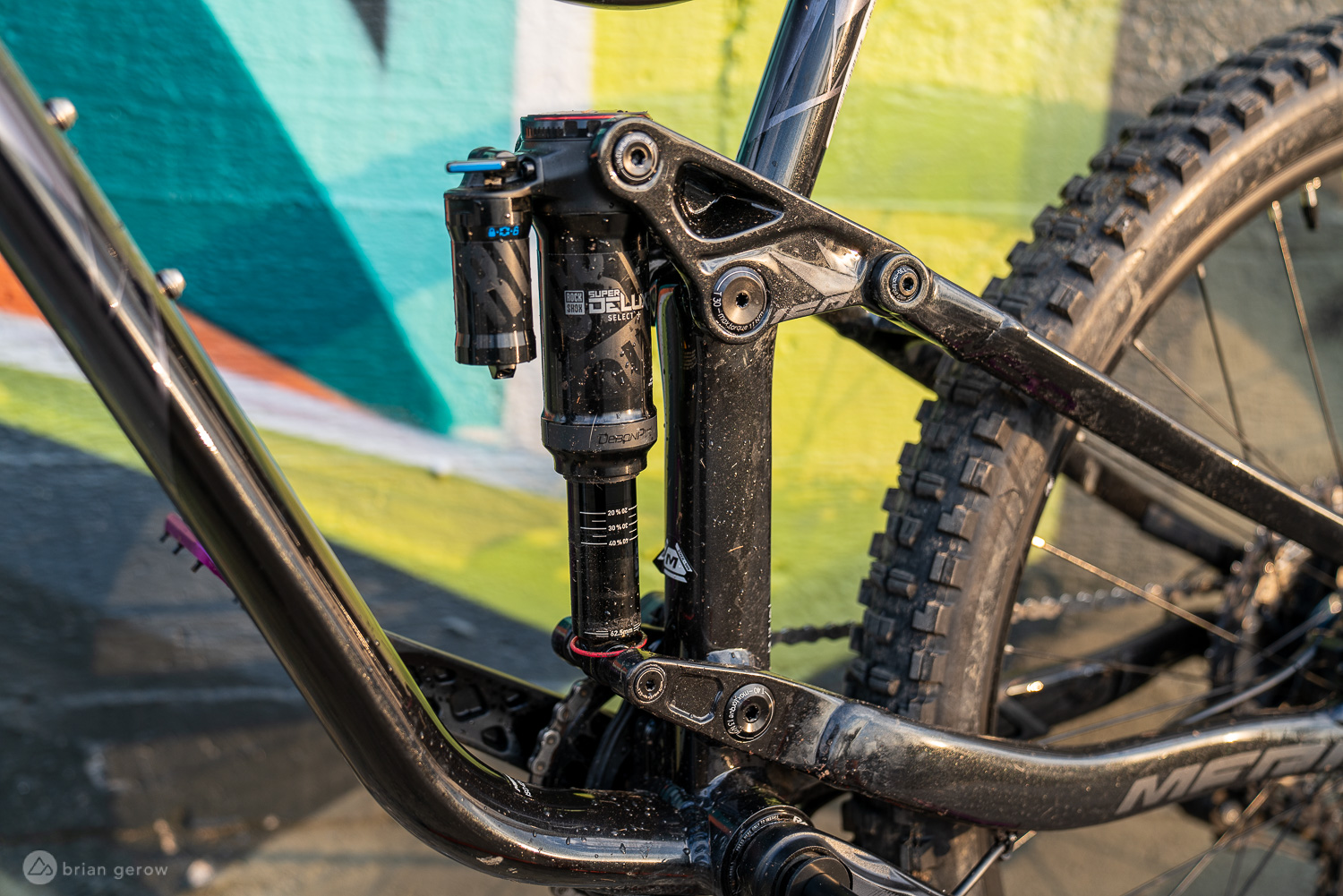 "Riding the Line Between All-Mountain and Enduro Aboard the 27.5"" Merida One-Sixty 700 [Review] - Singletracks Mountain Bike News"