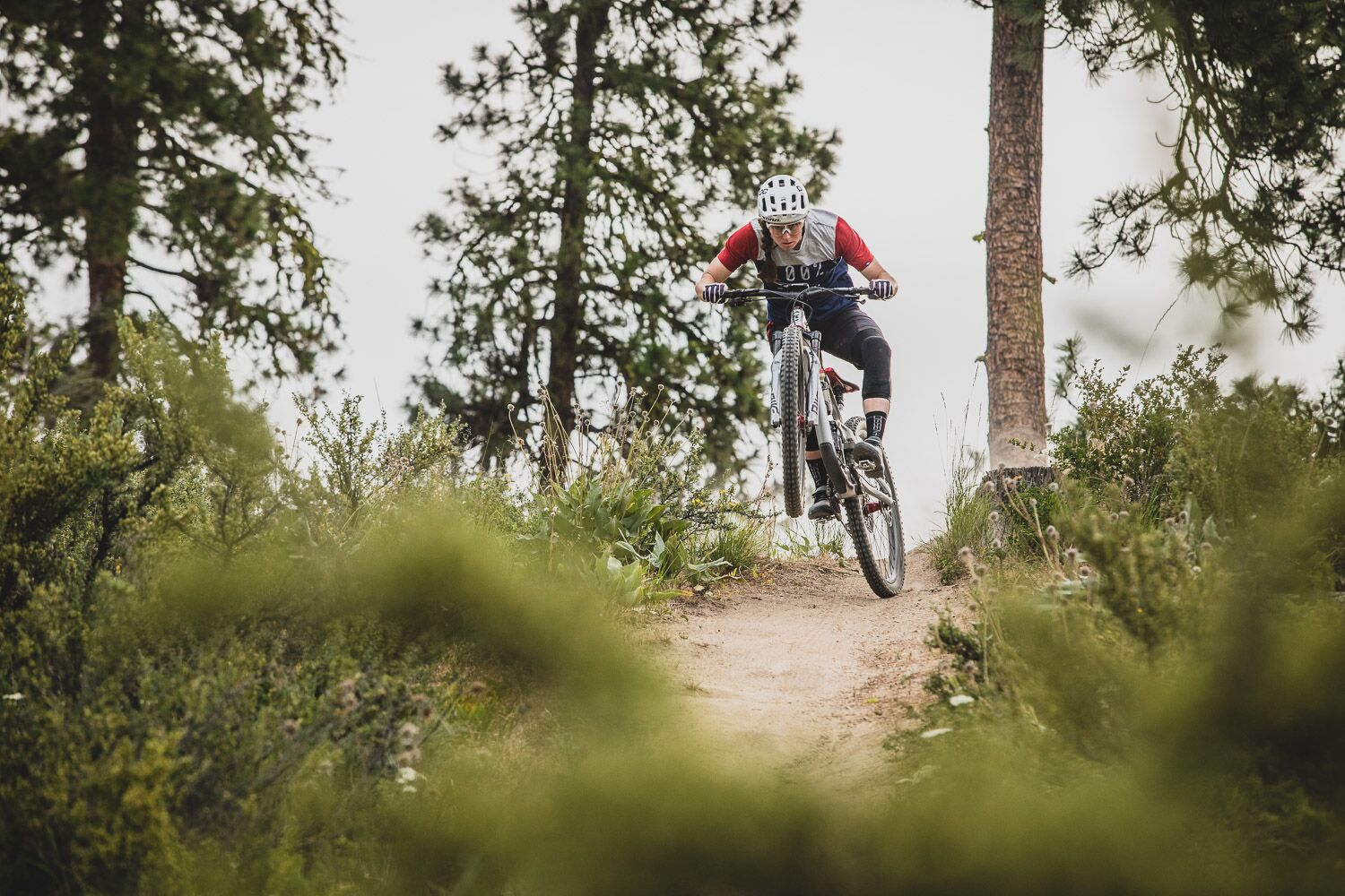 Miranda Miller Has Carried Her DH Mountain Bike Racing Power to the Enduro World Series - Singletracks Mountain Bike News
