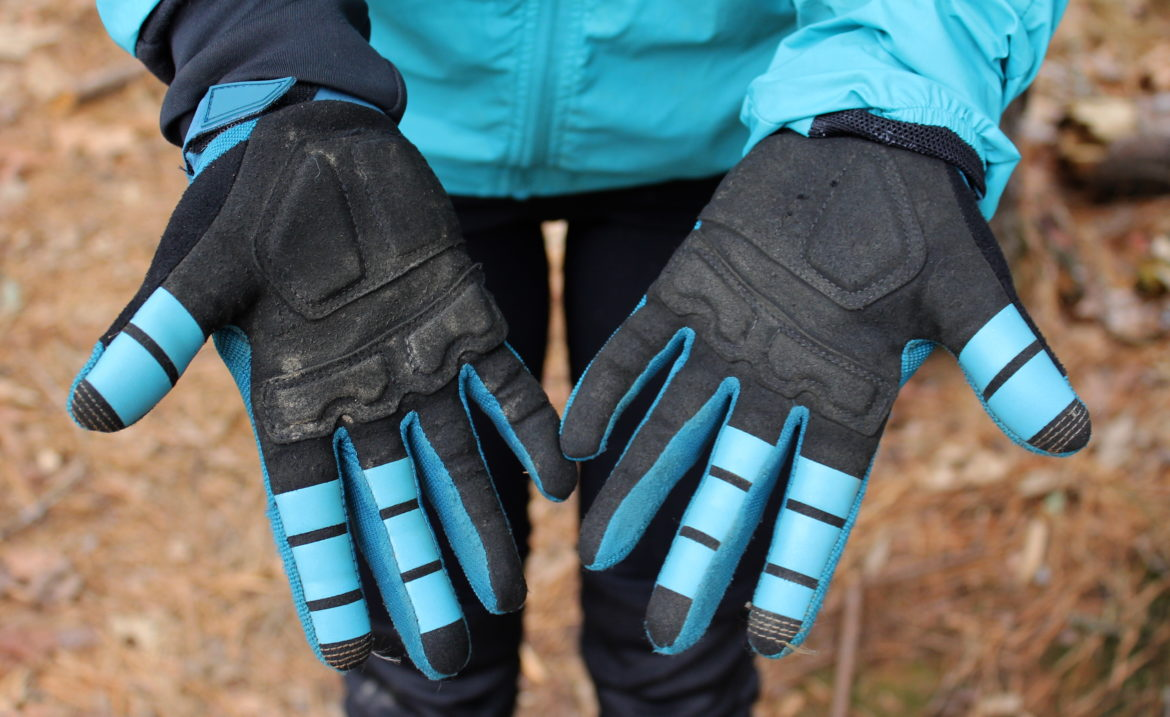 Fox Women's Winter Mountain Biking Kit [Review] - Singletracks Mountain Bike News