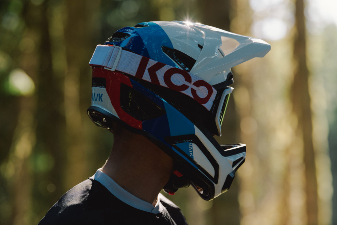 Kask Digs Deeper Into the MTB Scene With Their new Defend Full Face lid - Singletracks Mountain Bike News