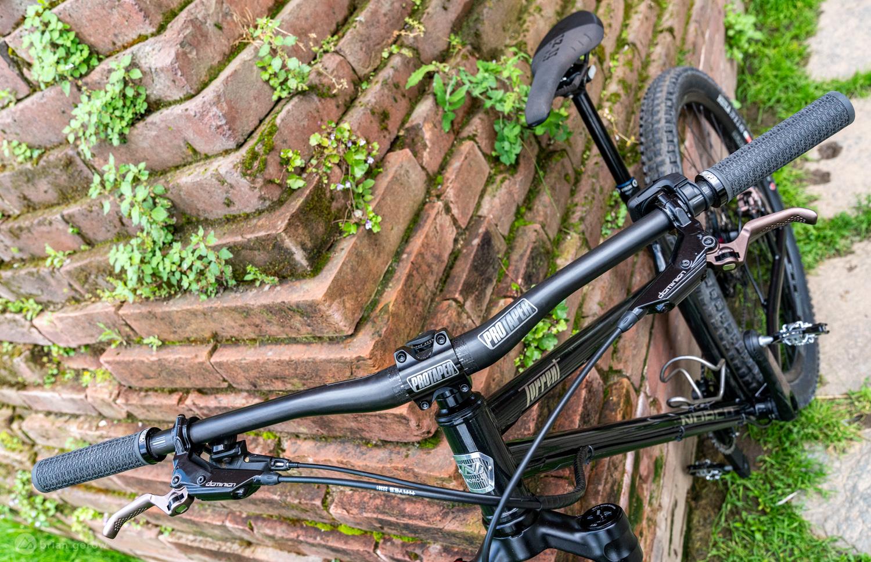 MTB Mountain Bike Bicycle Aluminum Alloy Riser Handlebar 25.4*600mm