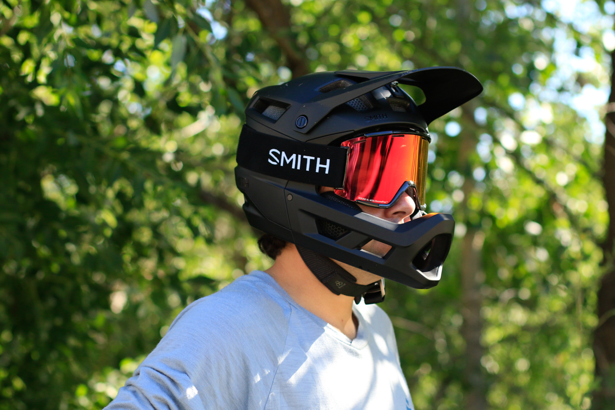 Smith's First Full-Face MTB Helmet, the Mainline, is a Winner [Review] - Singletracks Mountain Bike News