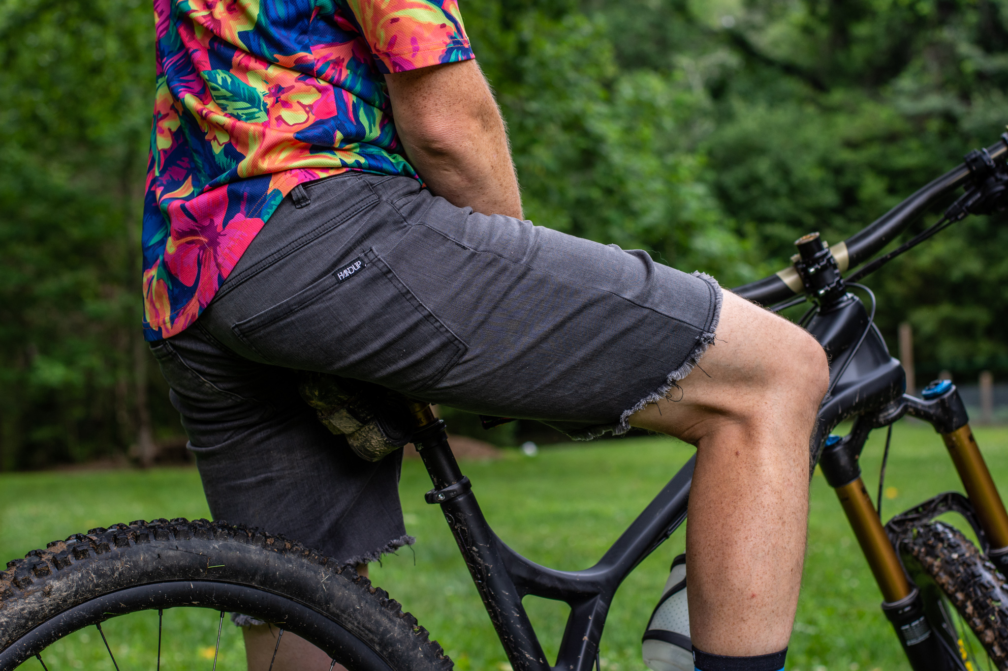 Handup just jumped into the performance jorts game. The post Handup Now Has Their Own Version of Performance Jorts appeared first on Singletracks Mountain Bike News.