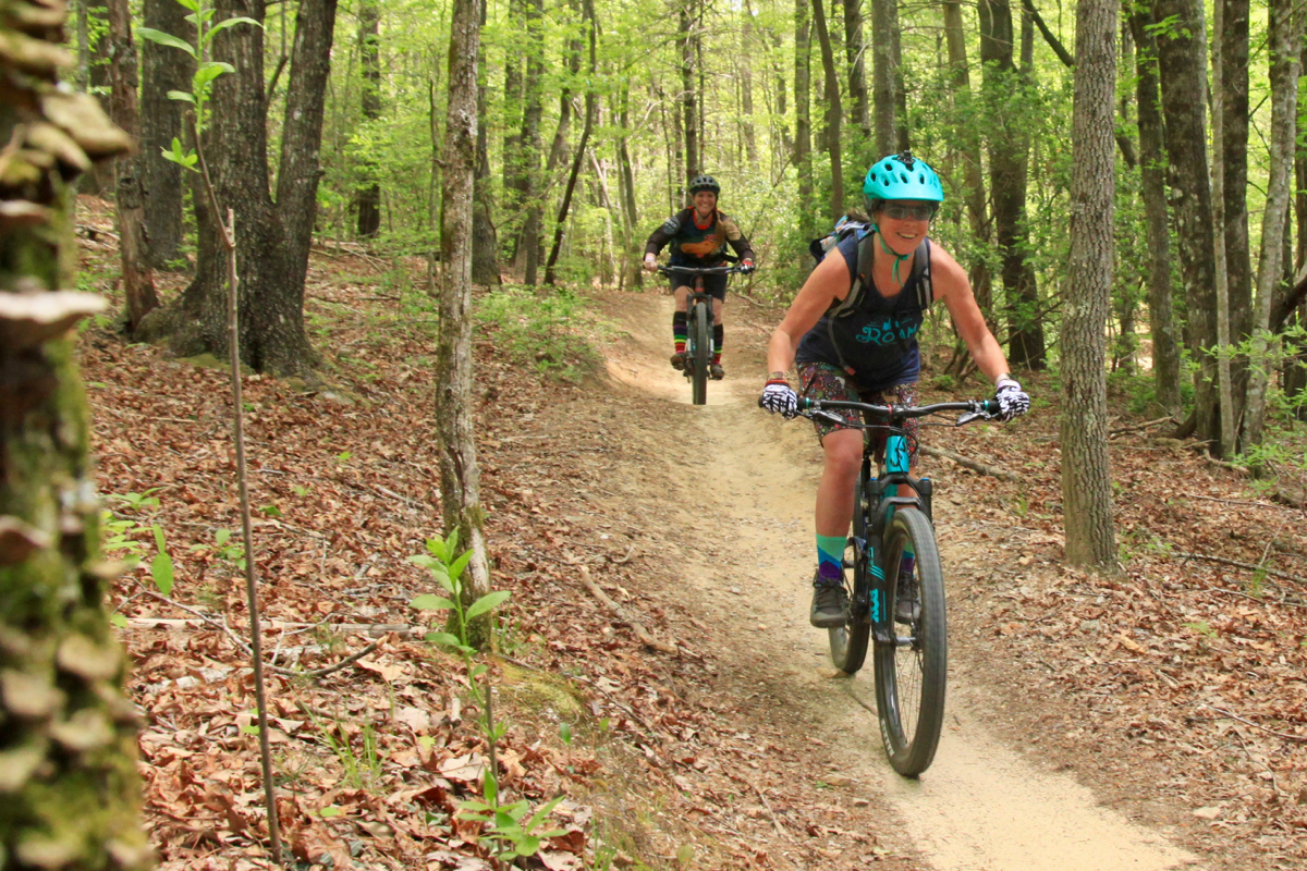 🤔 What Do You Think? A Women's Mountain Biking Survey - Singletracks Mountain Bike News