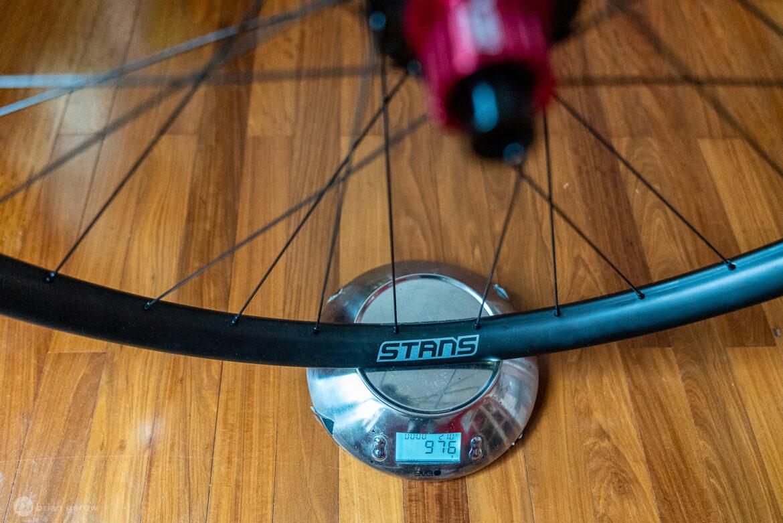 Stans Flow CB7 wheels