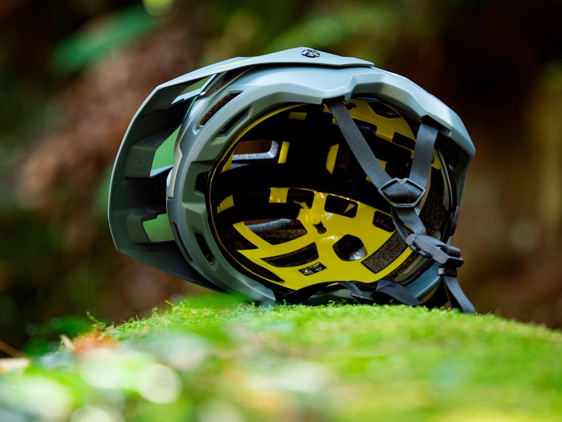 Bluegrass Eagle Has a new Half Shell Mountain Bike Helmet Called the Rogue - Singletracks Mountain Bike News