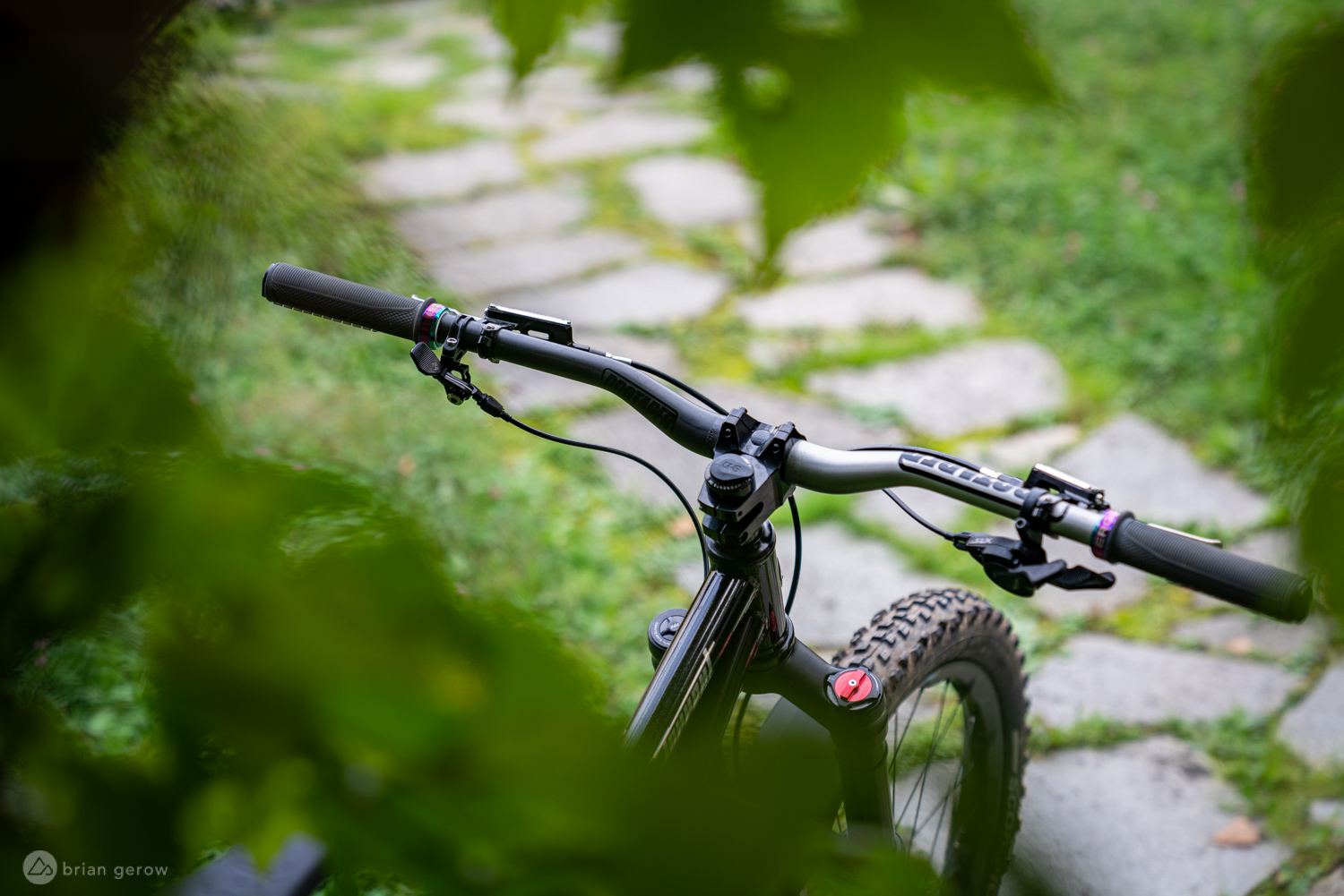 ProTaper 35mm and 31.8mm Clamp Diameter Carbon Handlebars Tested - Singletracks Mountain Bike News