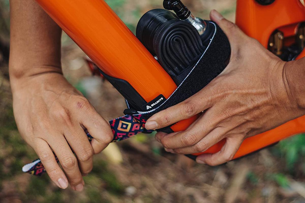 Do You Stash Bike Tools, or Carry Them on Your Person? [Survey] - Singletracks Mountain Bike News