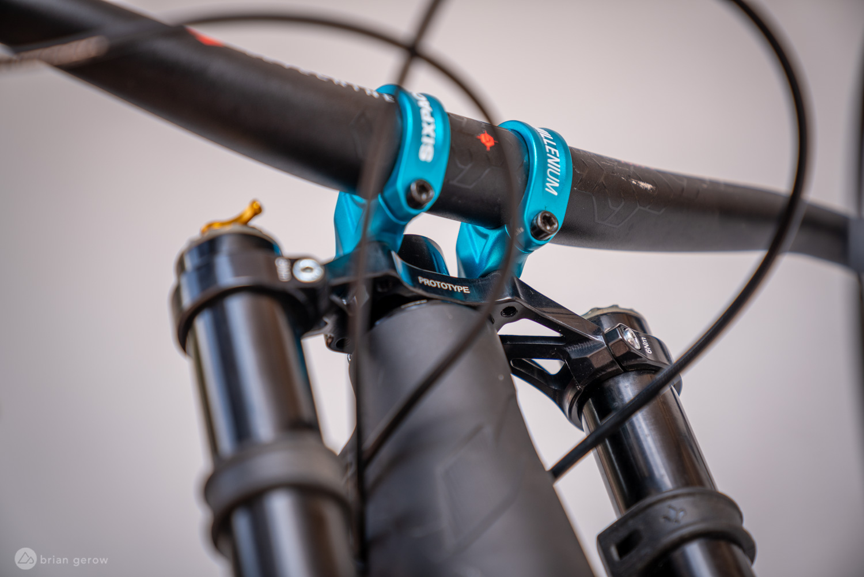 New Formula Dual Crown Enduro Fork Will be Lighter Than Some Single Crowns - Singletracks Mountain Bike News